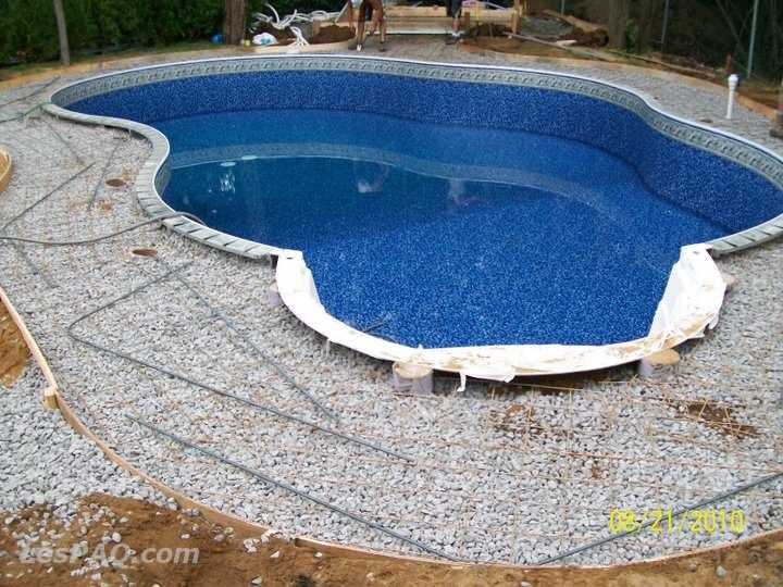 Piscine creus e a bon prix affaires services services for Piscine waterair prix