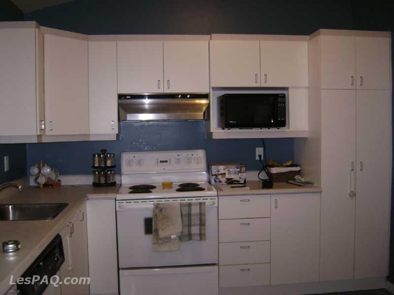 armoire de cuisine a vendre armoire de cuisine a vendre. Black Bedroom Furniture Sets. Home Design Ideas