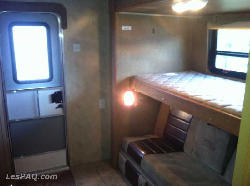 fifth wheel puma 2012 kbh295 v hicules vans motoris s camions. Black Bedroom Furniture Sets. Home Design Ideas