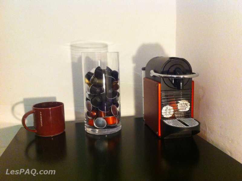 Machine à café Nespresso Pixie Carmin